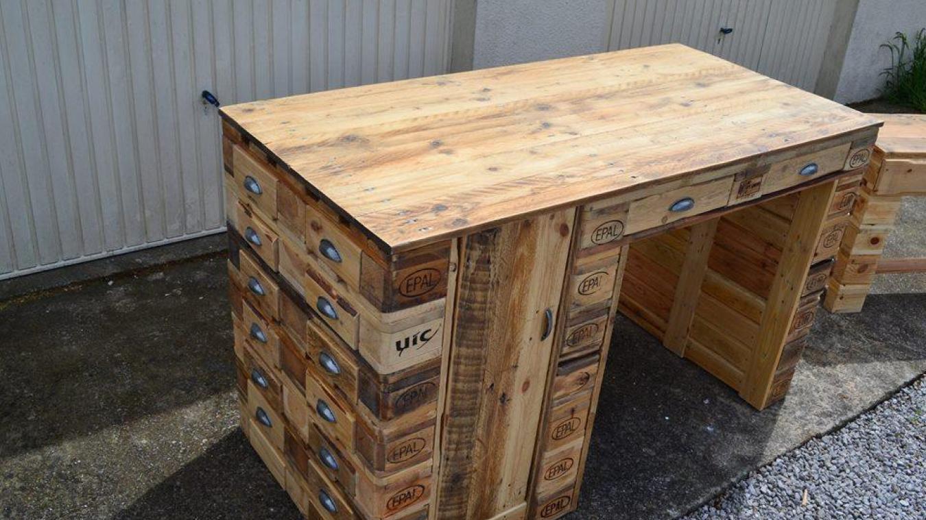 Whereez atelier palettes fabrication d 39 objet en bois Meuble avec palette